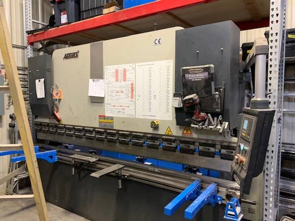 138 Ton x 10.5' Accurl 125TX3200 CNC Press Brake, 2015