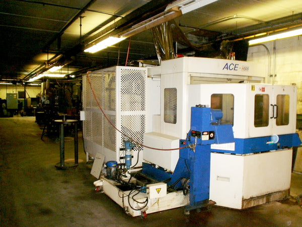 2000 Daewoo Ace H-500 Horizontal Machining Center - Under Power