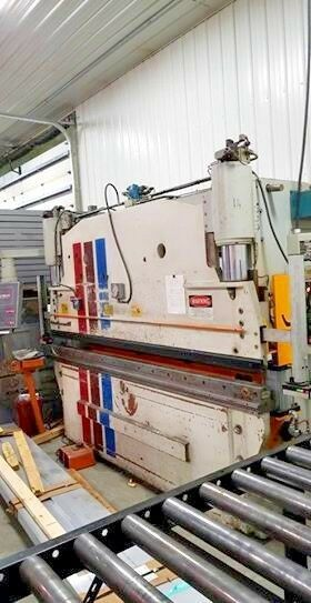 Pacific 130 Ton x 10ft Press Brake, Year 1985