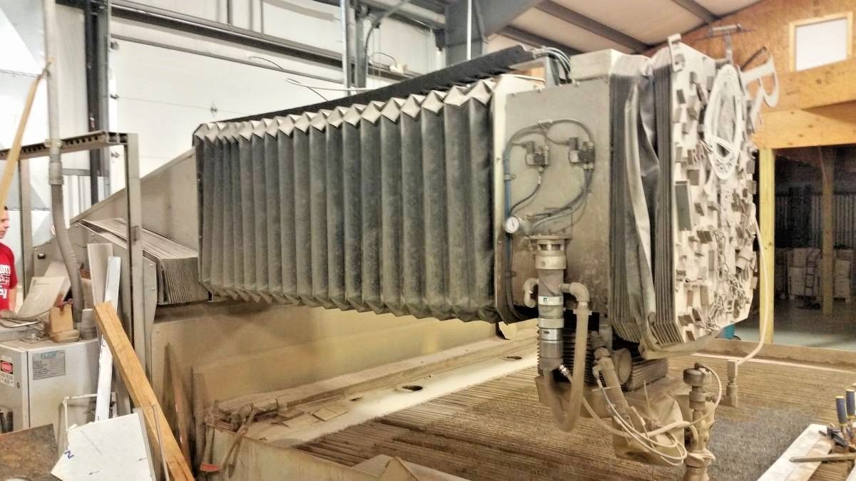2004 Flow 4ft x 8ft Water Jet, Model 712207-1 - PRICE LOWERED