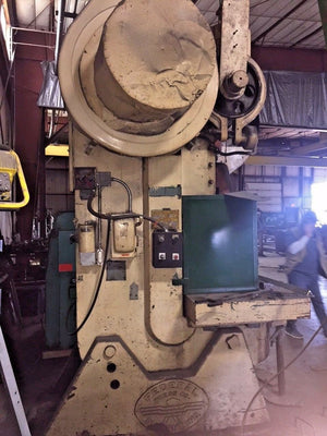 Federal 10, Inclinable 125 Ton OBI Punch Press, 125 Tons, Year 1968