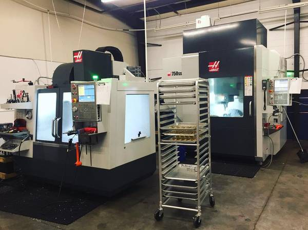 2018 Haas UMC-750ss, 1000Psi Thru Spindle Coolant, Belt type chip conveyor, Low Hours