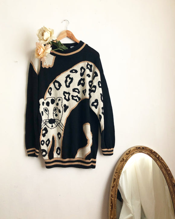 Vintage tiger sweater- L/XL