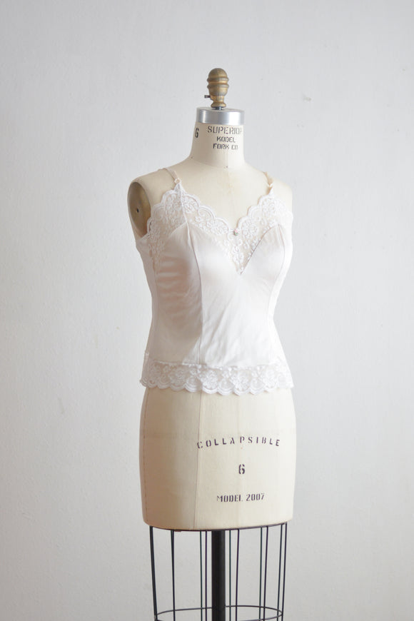 Vintage dainty little laces blouse Small romantic