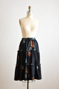 Vintage roses print skirt -Small