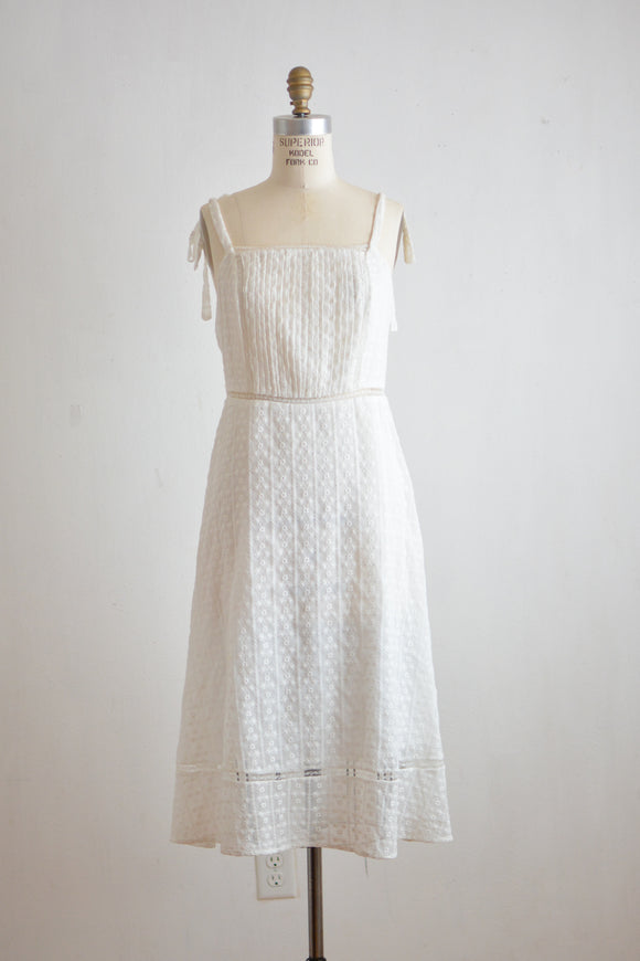 White eyelet midi romantic darling dress -Medium
