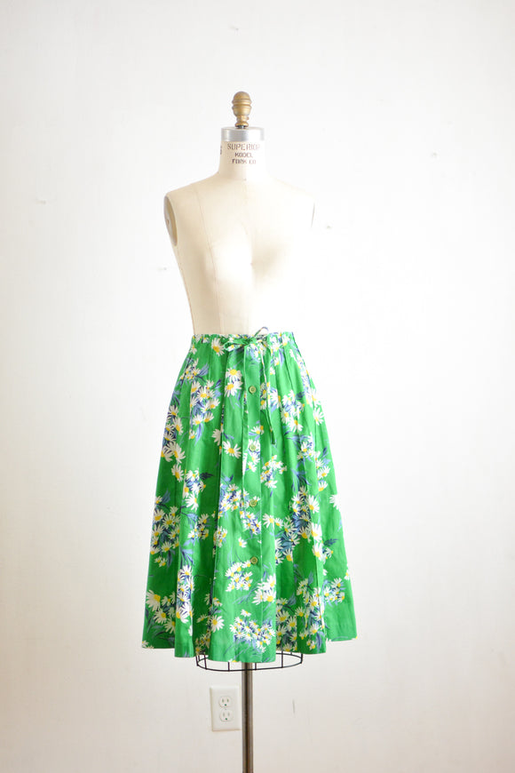 Vintage buttoned down daisy skirt-Small
