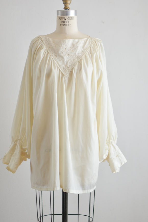 Vintage victorian white top - one size