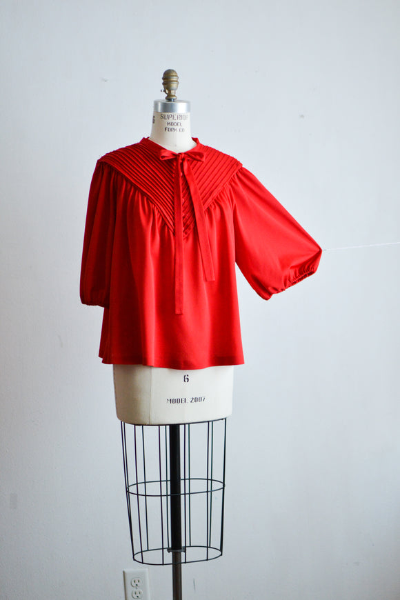 Vintage red blouse- S/M