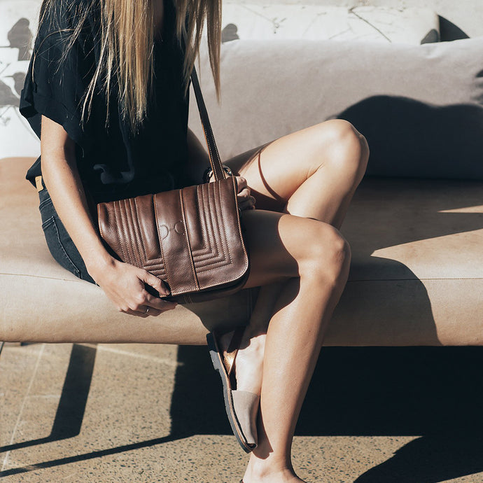 Katie Sling Clutch Leather