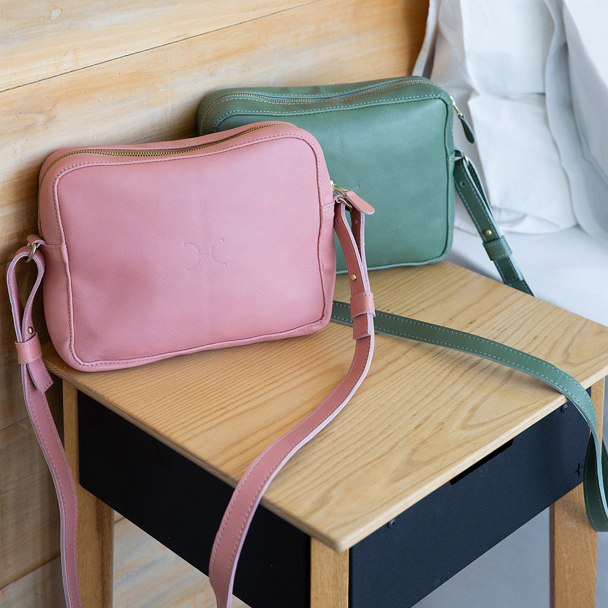 Boxy Handbag Leather