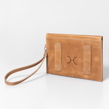 Load image into Gallery viewer, Patsy Belt Pouch Leather