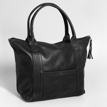 Load image into Gallery viewer, Dan Dan Handbag Leather