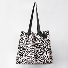 Load image into Gallery viewer, Tote Handbag with designer print Fur Leather