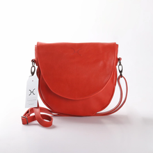 Load image into Gallery viewer, Saddle Handbag Leather
