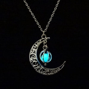 asi- GLOW IN THE DARK MOON NECKLACE