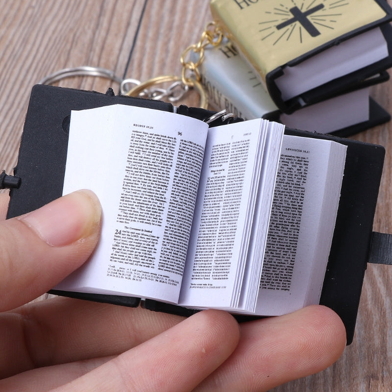 agd- MINI ENGLISH HOLY BIBLE KEYCHAIN
