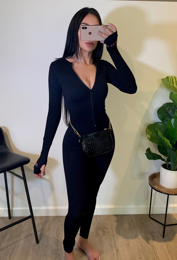 Body On Me Jumpsuit (Black)