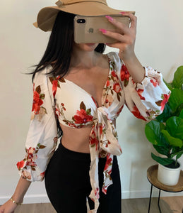 Mina Flower Crop (white)