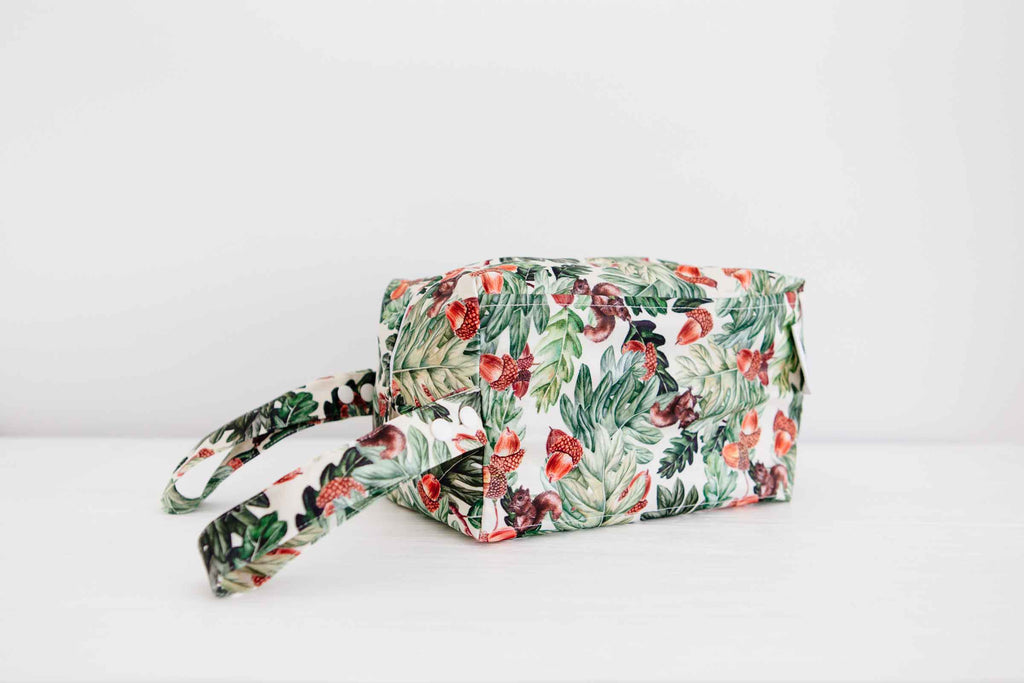 Squirrel Oak Travel Wet Bag