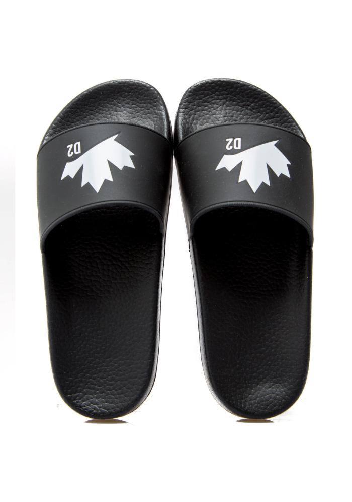 Dsquared2 Maple Leaf Logo Sliders In Black