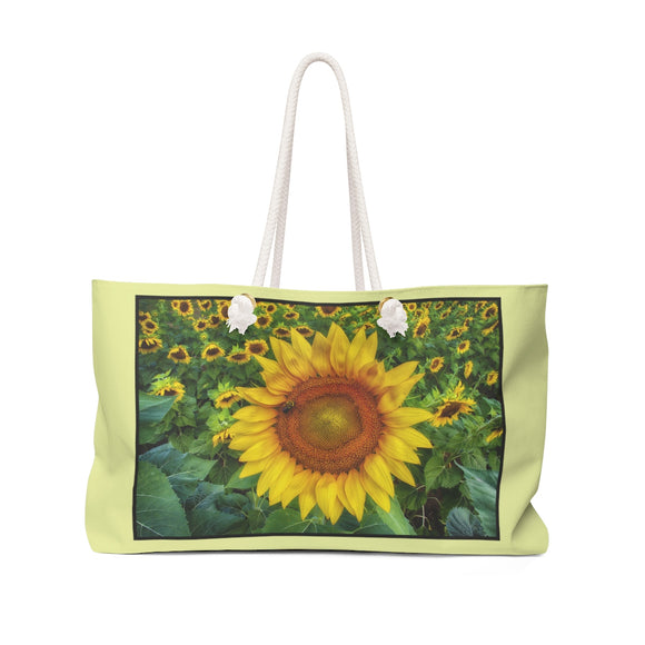 Sunflower Field with Bee Weekender Tote Bag - sasyjamdesigns