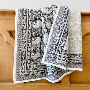 Hand Block Printed Quilt - Old Time Paisley