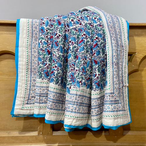 Bush flower blue reversible cotton quilt