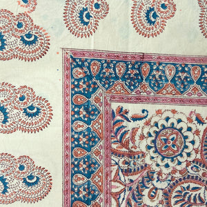 Hand Block Printed Table Cloth - Kusum Gulabi