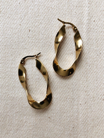 ELONGATED TWIST EARRING GOLD EVERYDAY STYLE EARRING