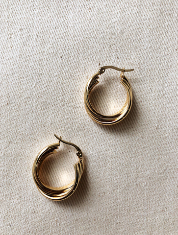 TRIPPLE TWIST EARRINGS GOLD EVERYDAY EARRINGS VEIA