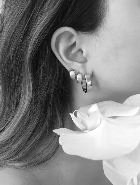 MINI CLIP EARRINGS EVERYDAY STYLE VEIA EARRINGS