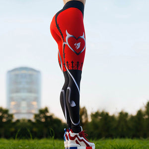 Women Heart Shape Digital Print Fitness Leggings