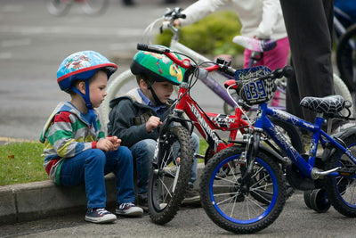 How To Teach Your Kid to Ride a Bike (the Right Way)