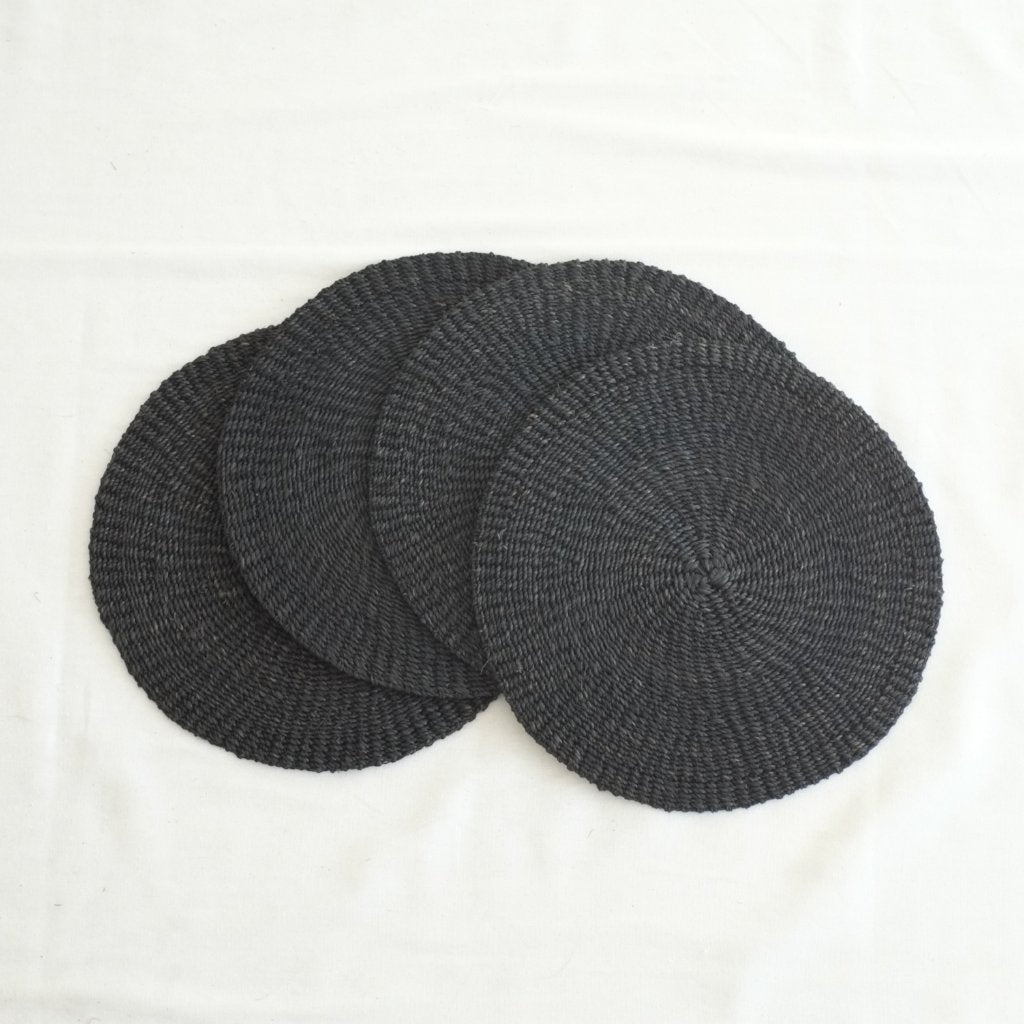 Abaca Round Placemat (Set of 4) - Black