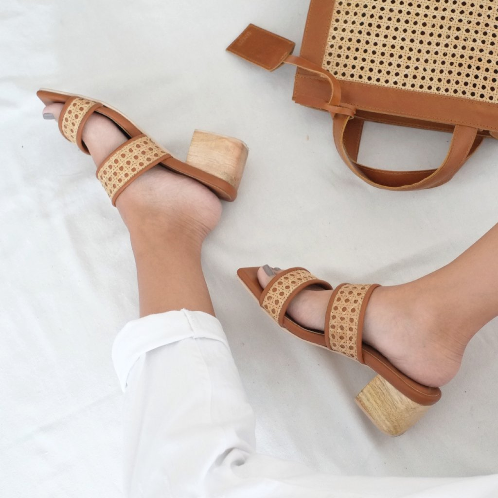 Liria Double Strap Heel - Tan