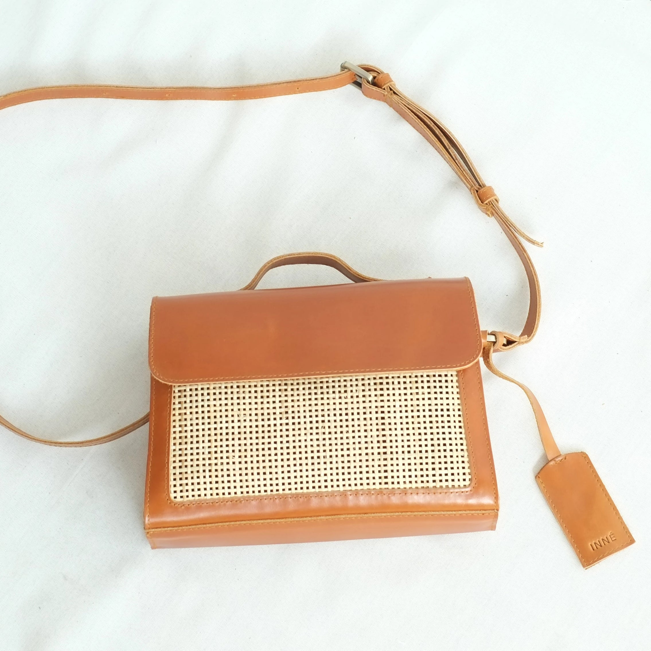 Cruz Satchel Sling - Tan