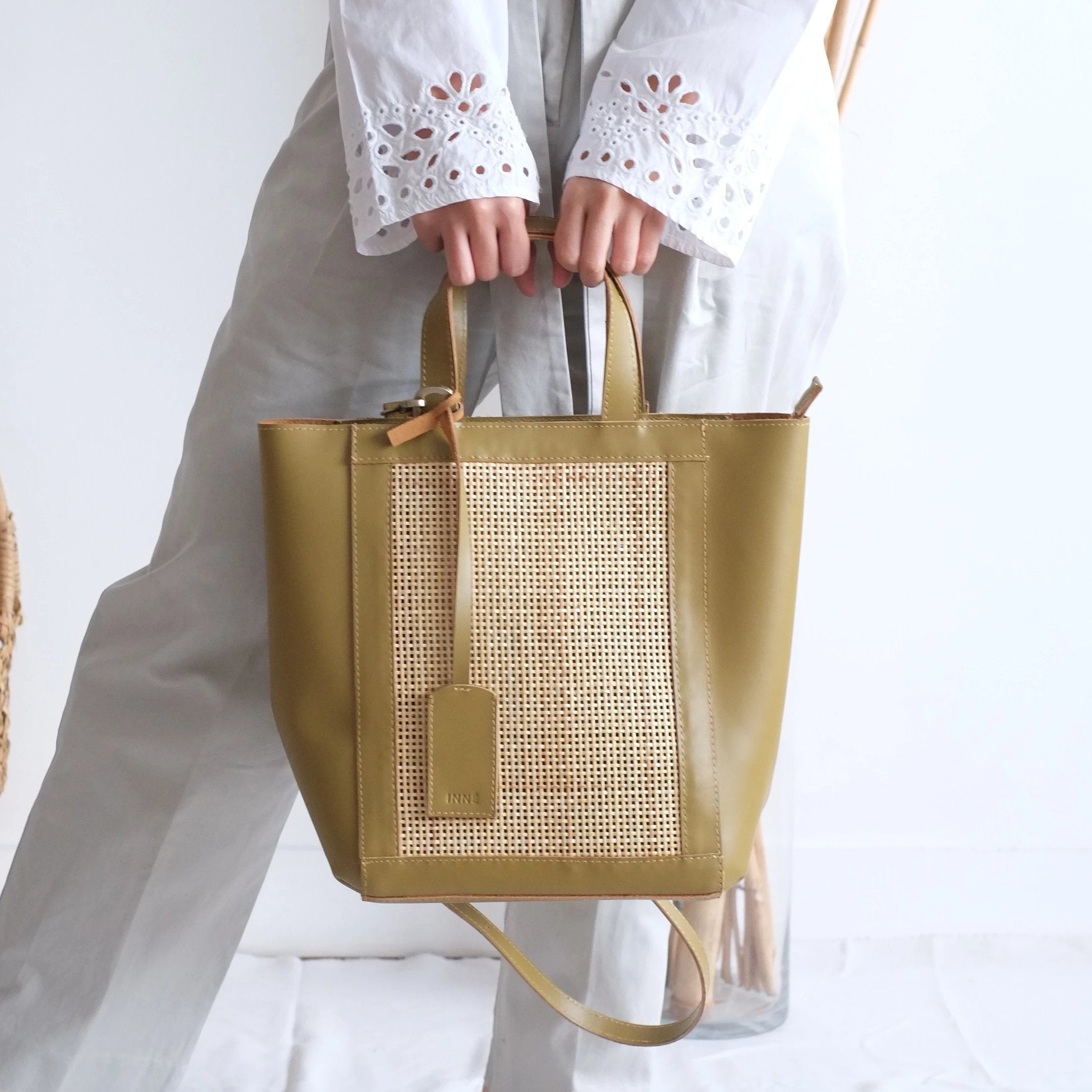 Cruz Winged Tote - Sand