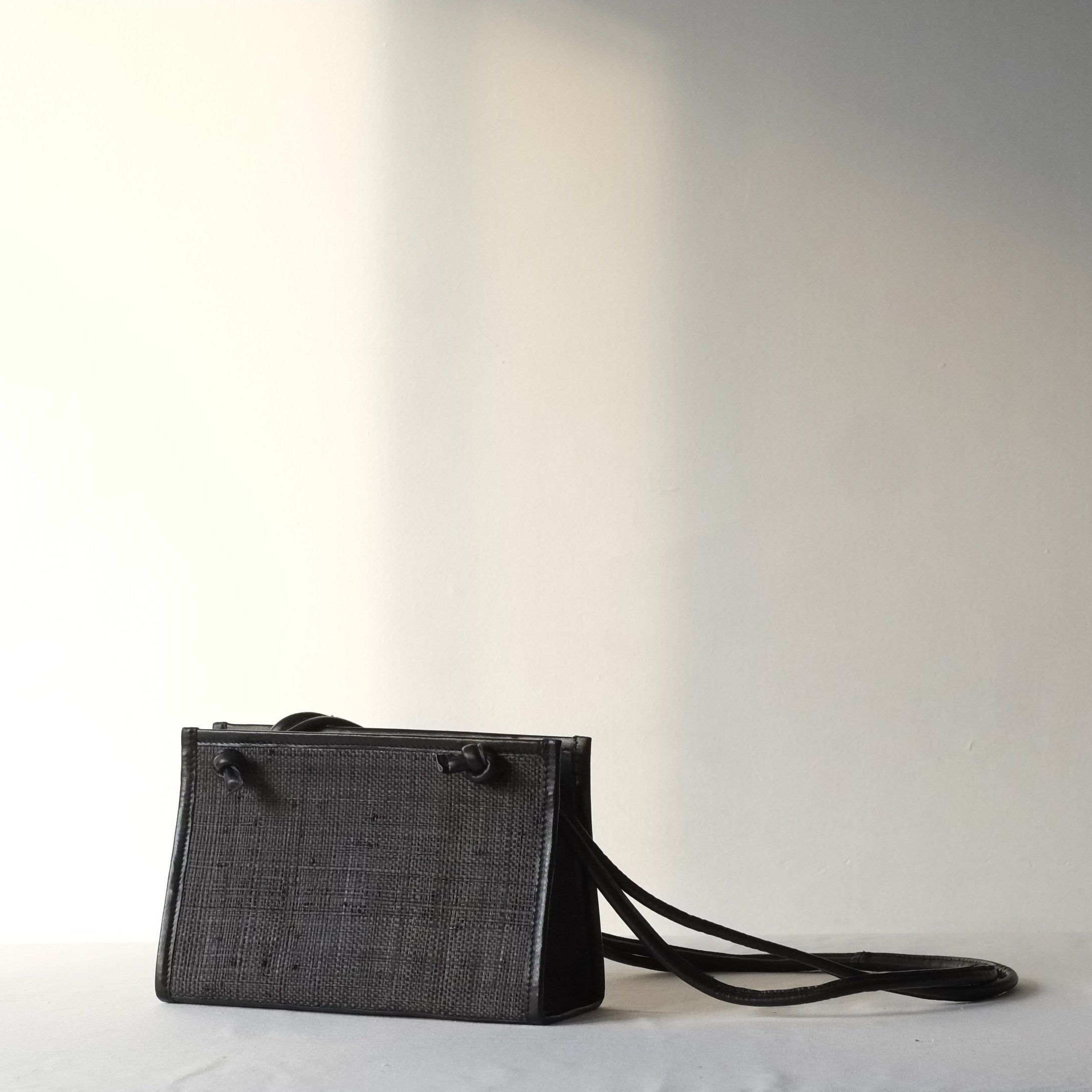 Noa Crossbody Sling - All Black