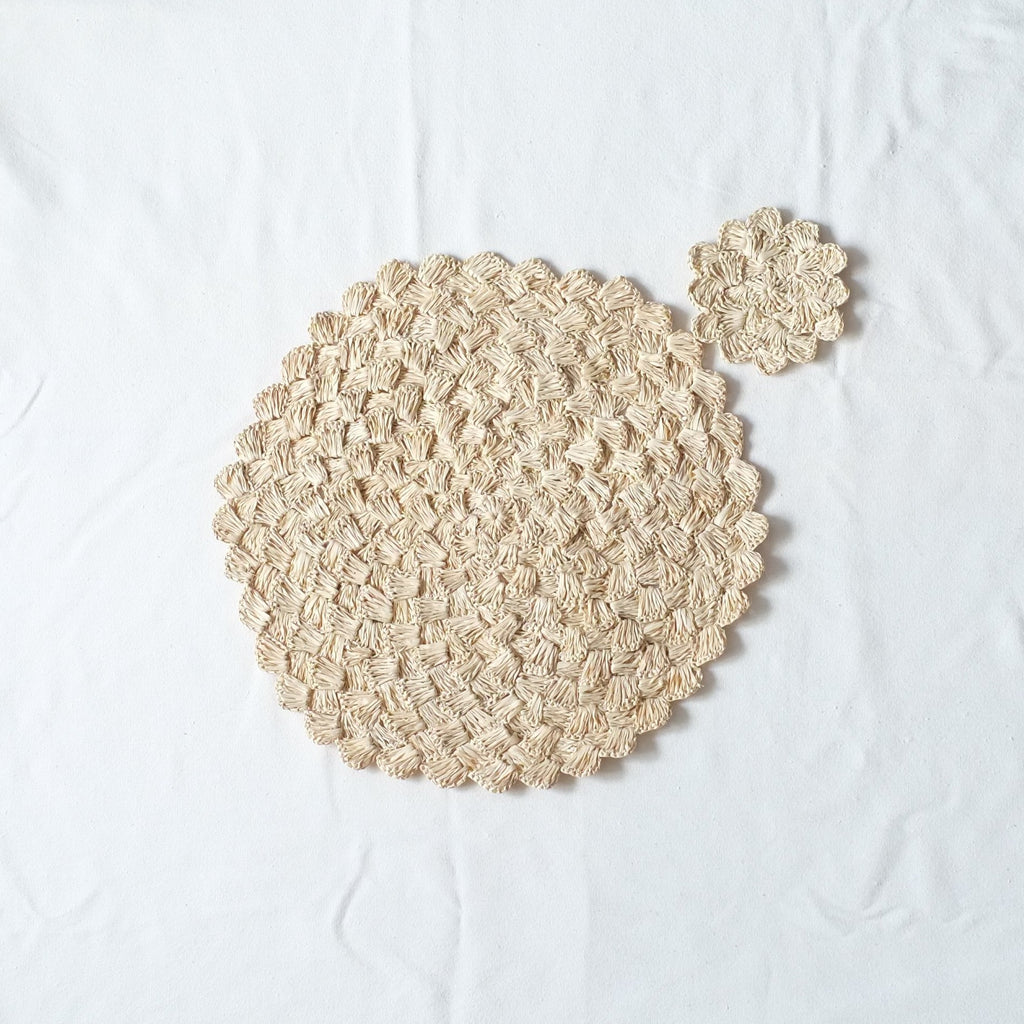 Raffia Scalloped Placemat and Coaster Set - Natural