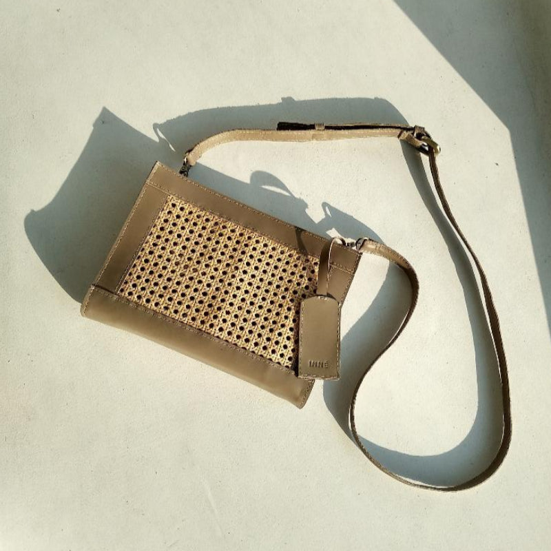 Sia Clutch Sling - Taupe
