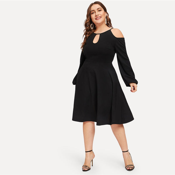 Plus Size Black Cold Shoulder Cutout Solid Dress