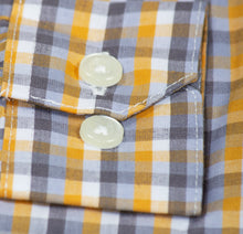 Load image into Gallery viewer, Standard Fit Checkered Button Up Dress Shirt (Kane)