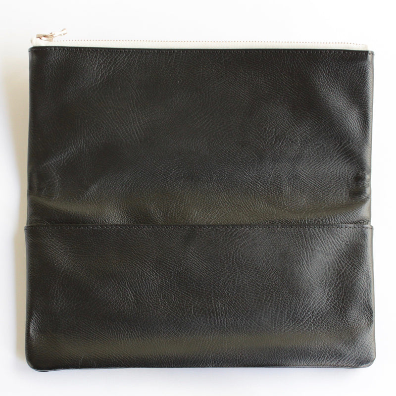 LEATHER POUCH・L