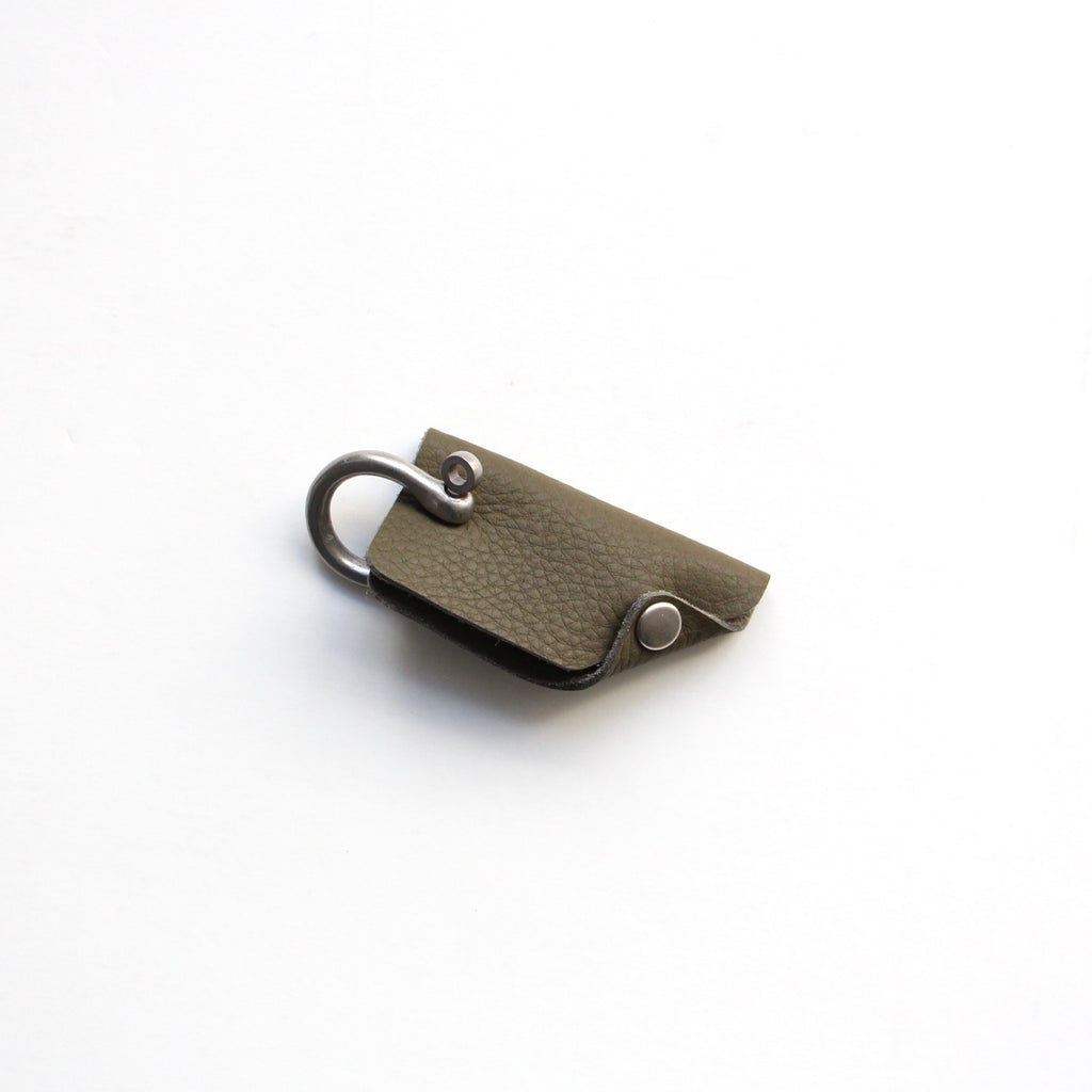 BUBBLE CALF SHACKLE KEY COVER / S004