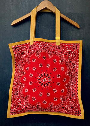 RTH SIMPLE TOTE - BANDANA - RED w/Natural Split Suede Trim