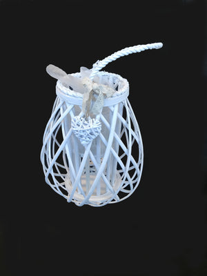 Medium Candle Lantern with Heart - White                      (690 00010426001)