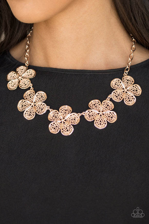 No Common Daisy - Rose Gold Necklace Set