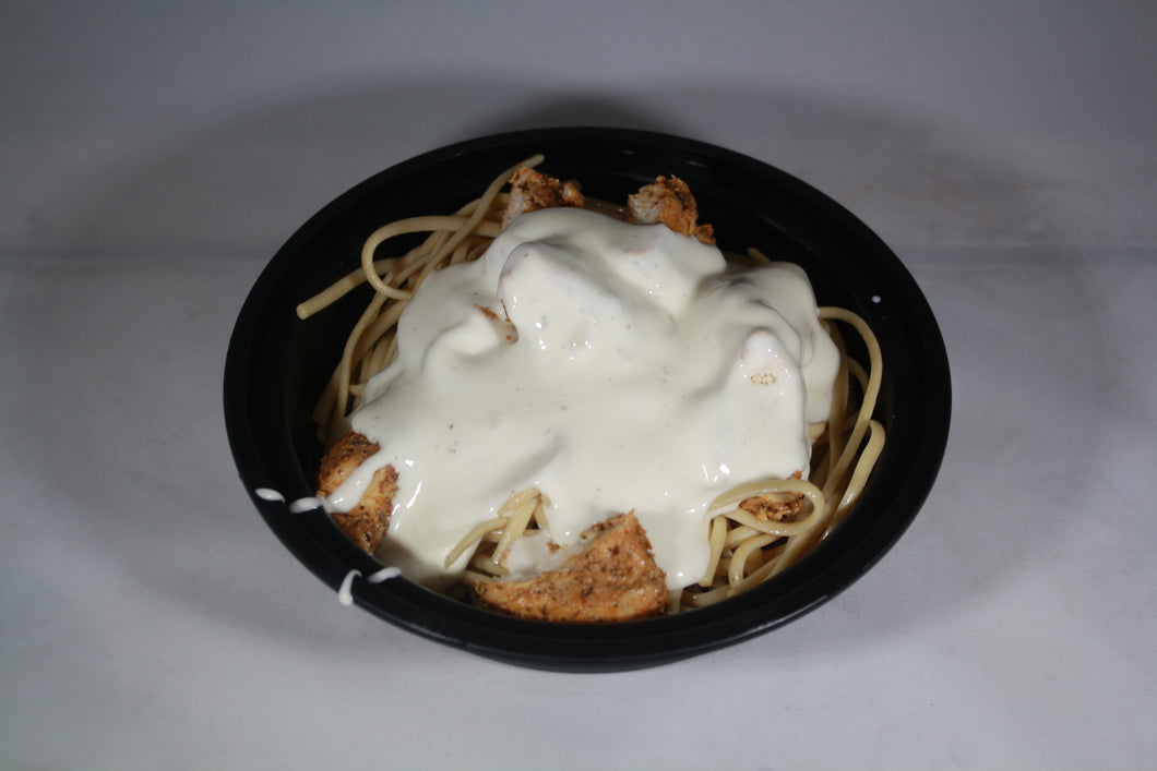 Whole Wheat Linguine with blackened chicken in a low fat alfredo cream sauce