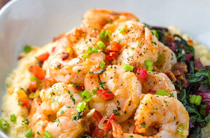 "Shrimp and Cheesy Cauliflower ""Grits"""